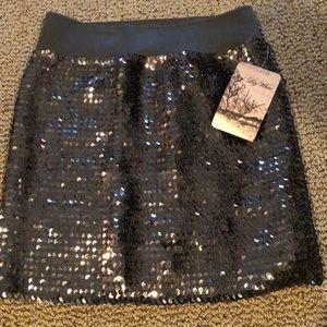 Dresses & Skirts - NWT Sequin Mini Skirt